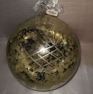 Large Round Cut Glass Christmas Ornament-NWT